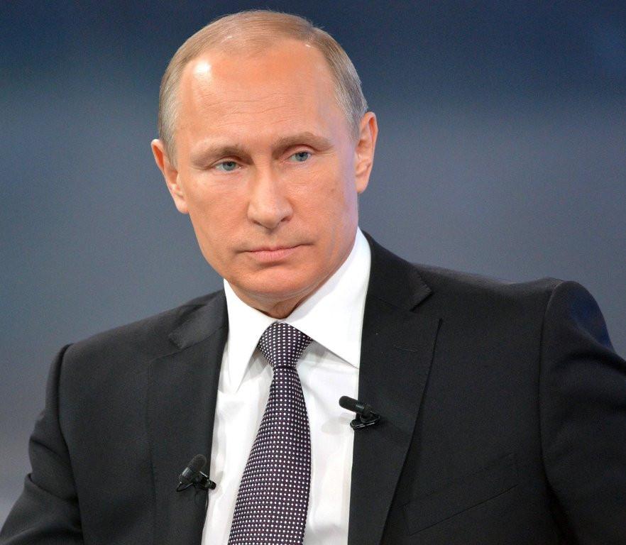 Дискуссии с зятьями и гордость за дочерей Путин рассказал о своей  Дискуссии с зятьями и гордость за дочерей Путин рассказал о своей семье