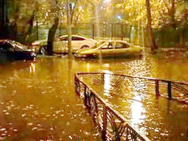 Синоптики вновь объявляют в столице желтый уровень опасности из-за непогоды
