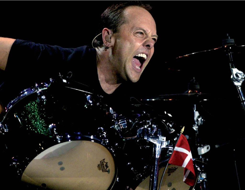Барабанщик группы Metallica Ларс Ульрих получил рыцарский титул вДании