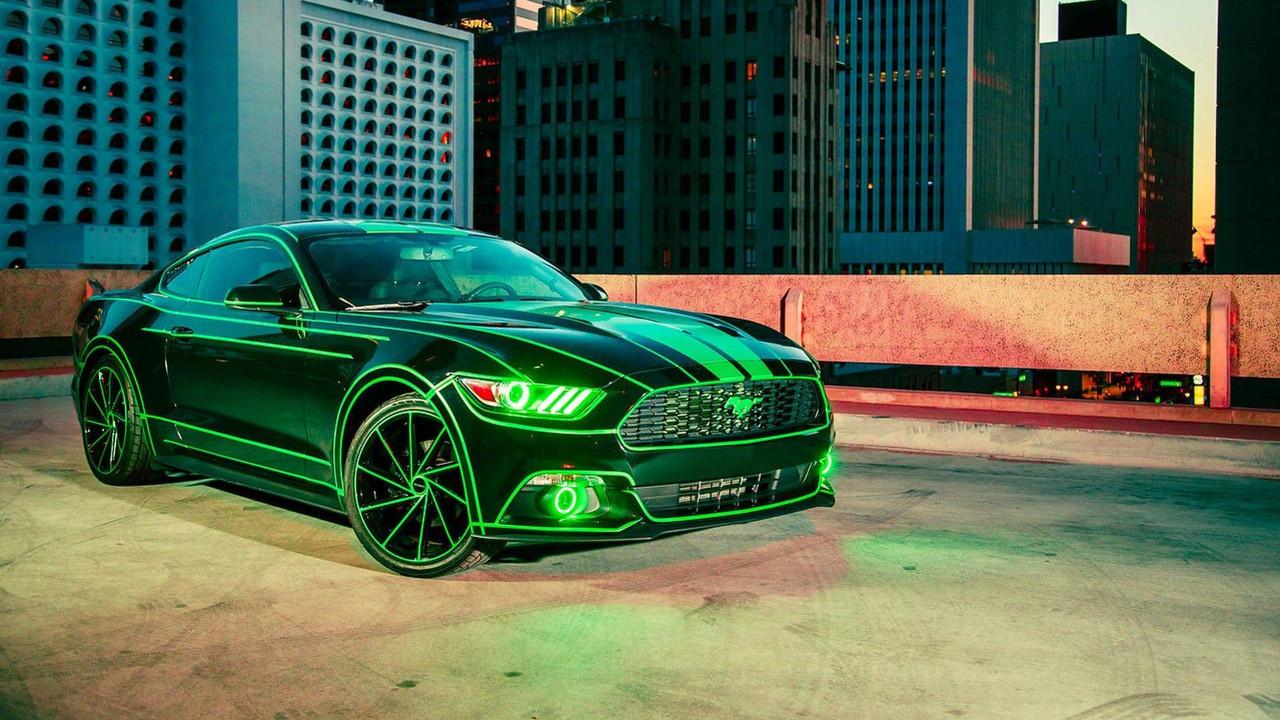 Форд Mustang получил футуристический тюнинг встиле фильма «Трон