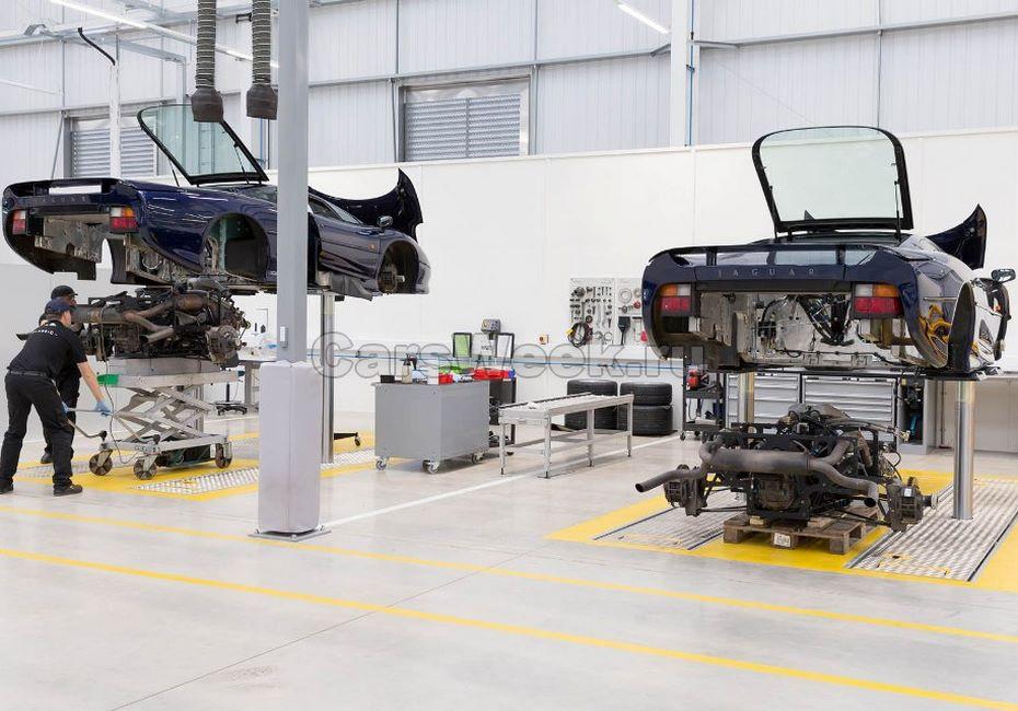 Ягуар и Ленд-Ровер открыли крупнейший вмире салон традиционных машин