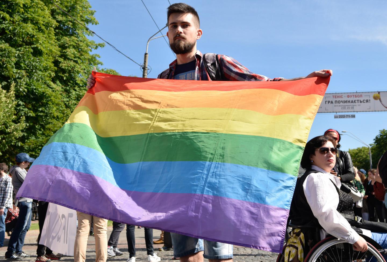 ВКиеве националисты столкнулись сучастниками «Марша равенства»