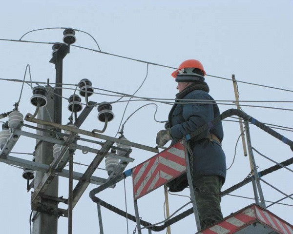 ВТюменской области около 15 тысячи граждан  остались без света