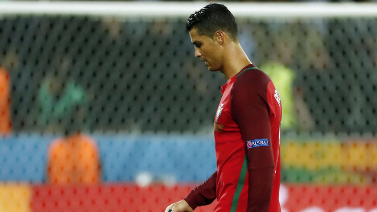 Матч Кубка конфедераций Португалия— Мексика начнётся с мин.  молчания