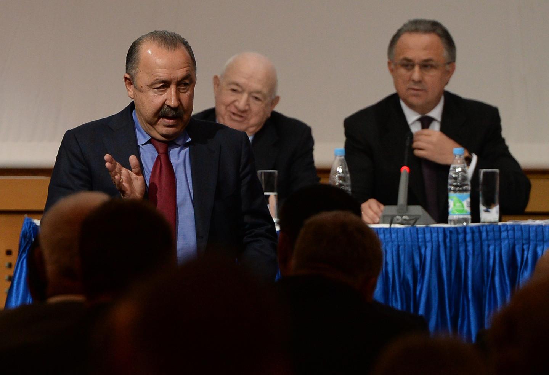 Мутко недоволен, что Газзаев несмог ответить Путину