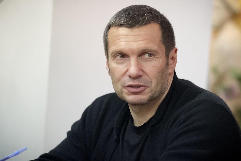 Телеведущего Cоловьева требуют сократить  из-за «двух процентов д**ьма»
