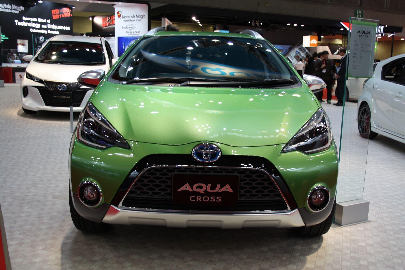 Официально представлен улучшенный хэтчбек Тойота Aqua