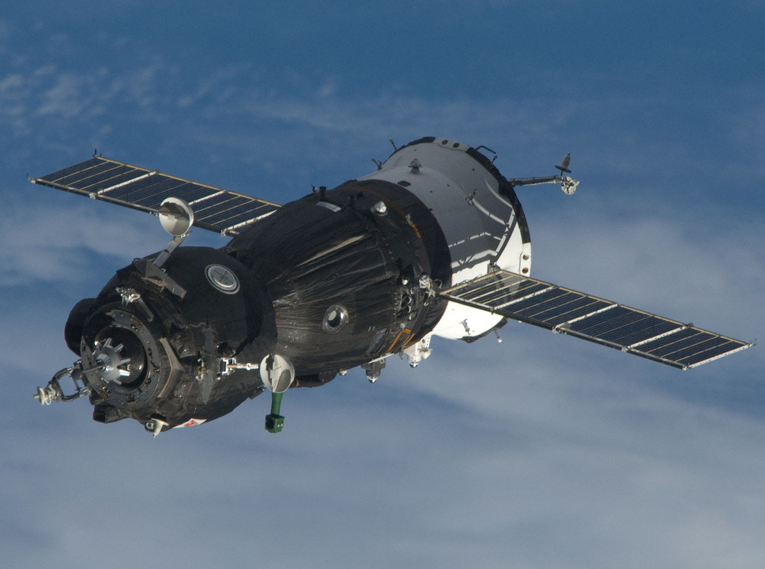 В РКК «Энергия» назвали подходящий для космического туризма корабль
