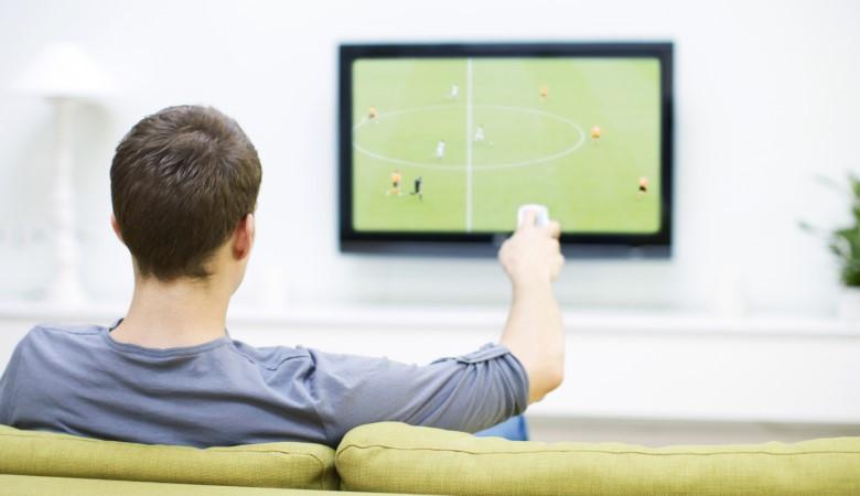 Под Астраханью мужчина сошел сума вовремя просмотра футбольного матча