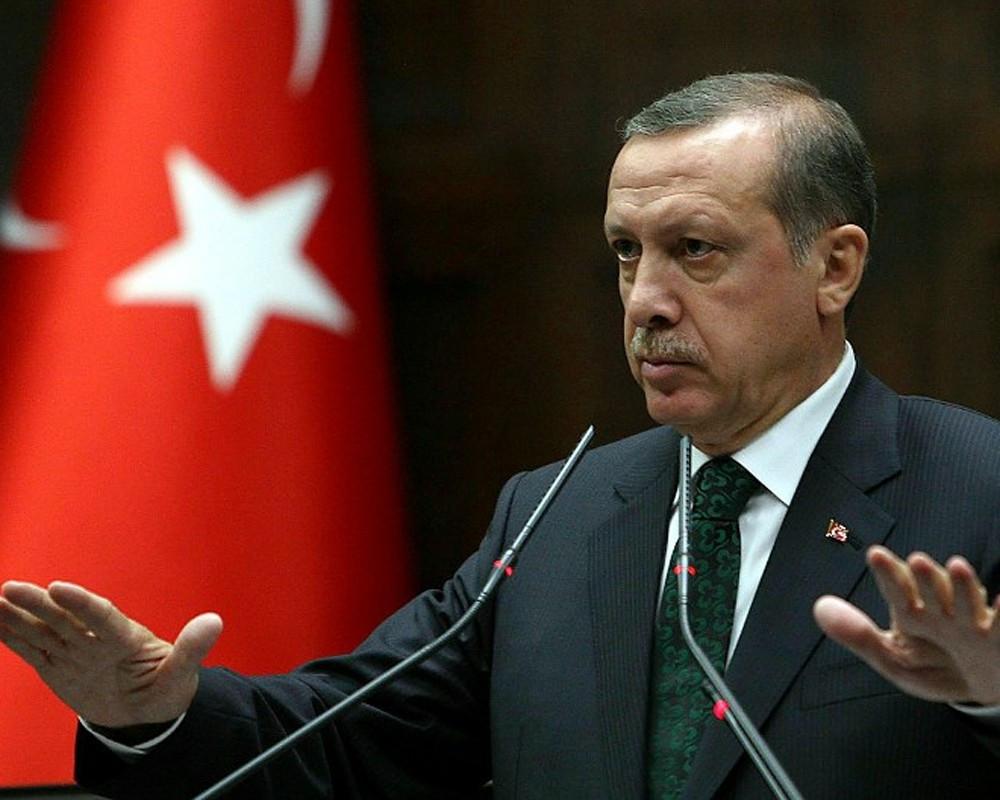 Эрдоган упал вобморок вовремя молитвы вмечети