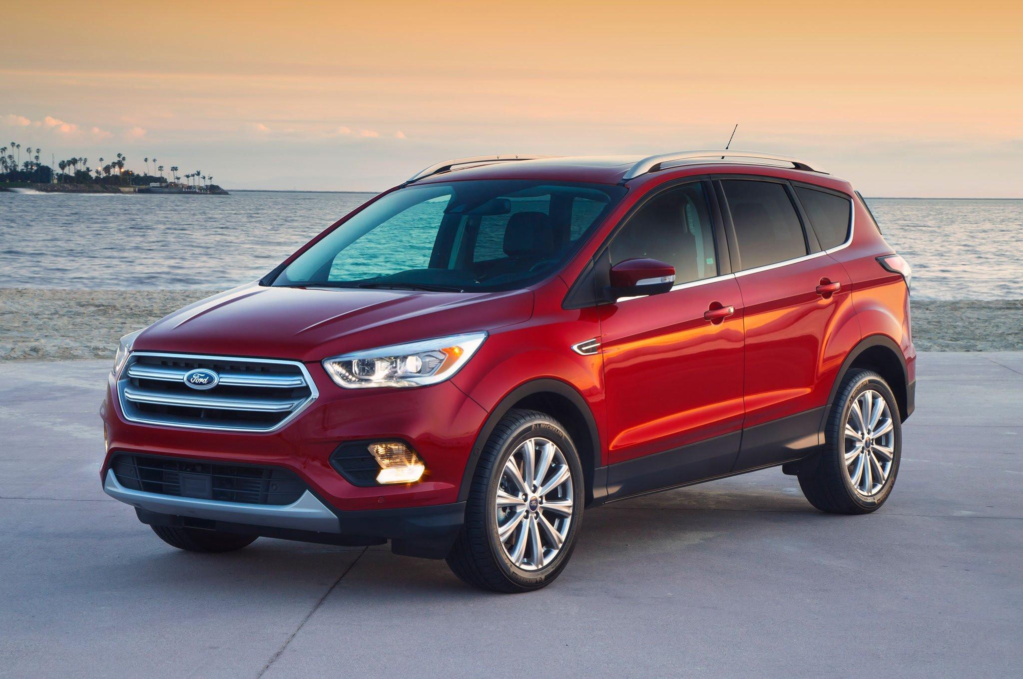 Форд перешел к энергичному тестированию гибрида Escape