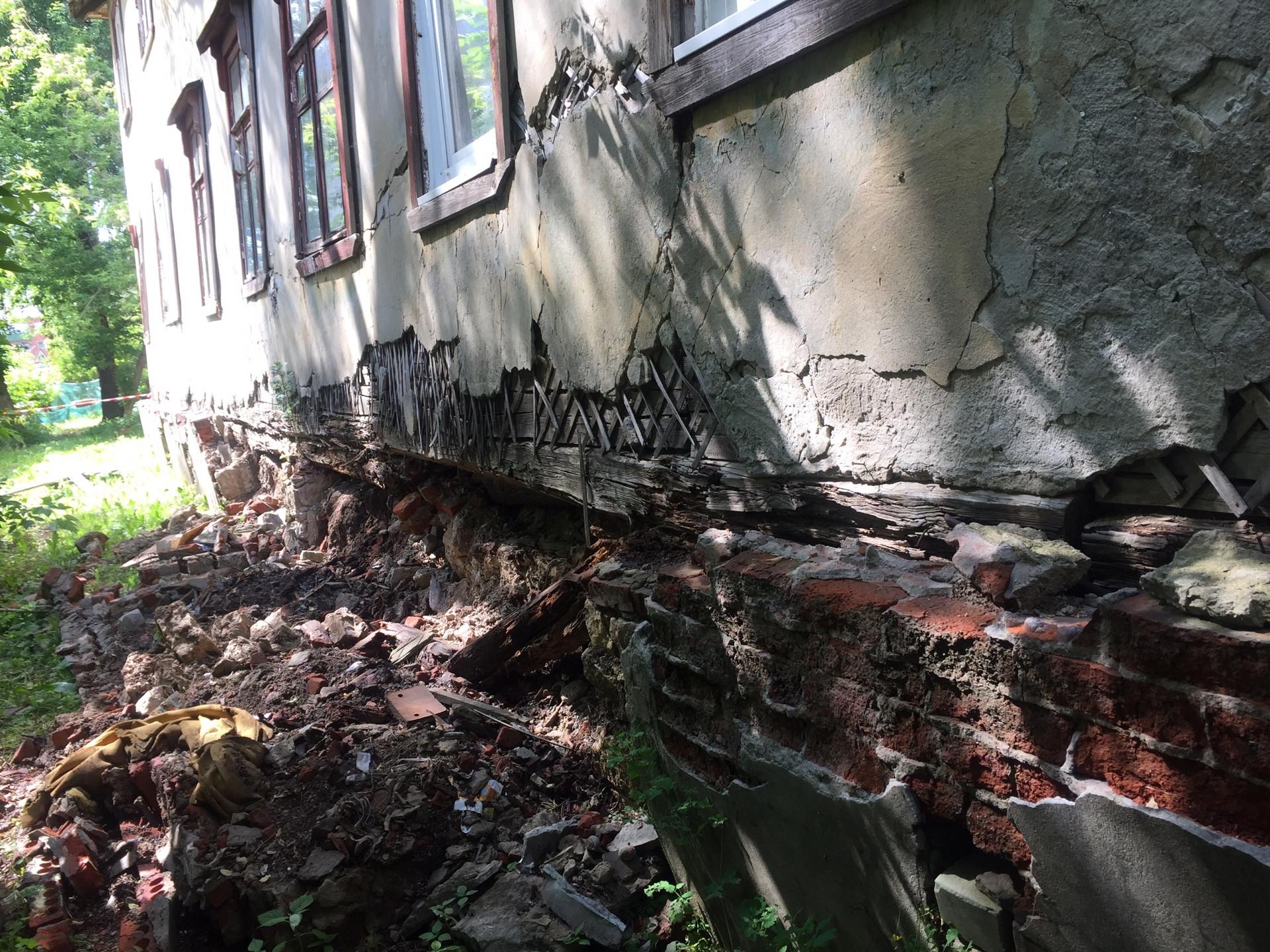 Обрушившийся дом снесут наулице Углова вНижнем Новгороде