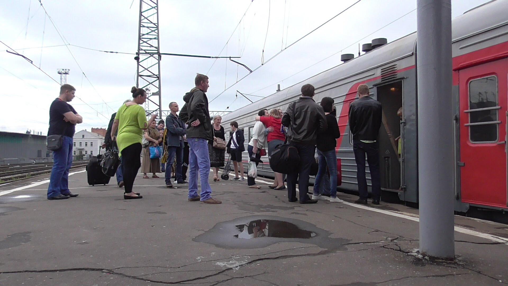 Машинист «Стрижа» рассказал остолкновении сэлектричкой наКурском вокзале