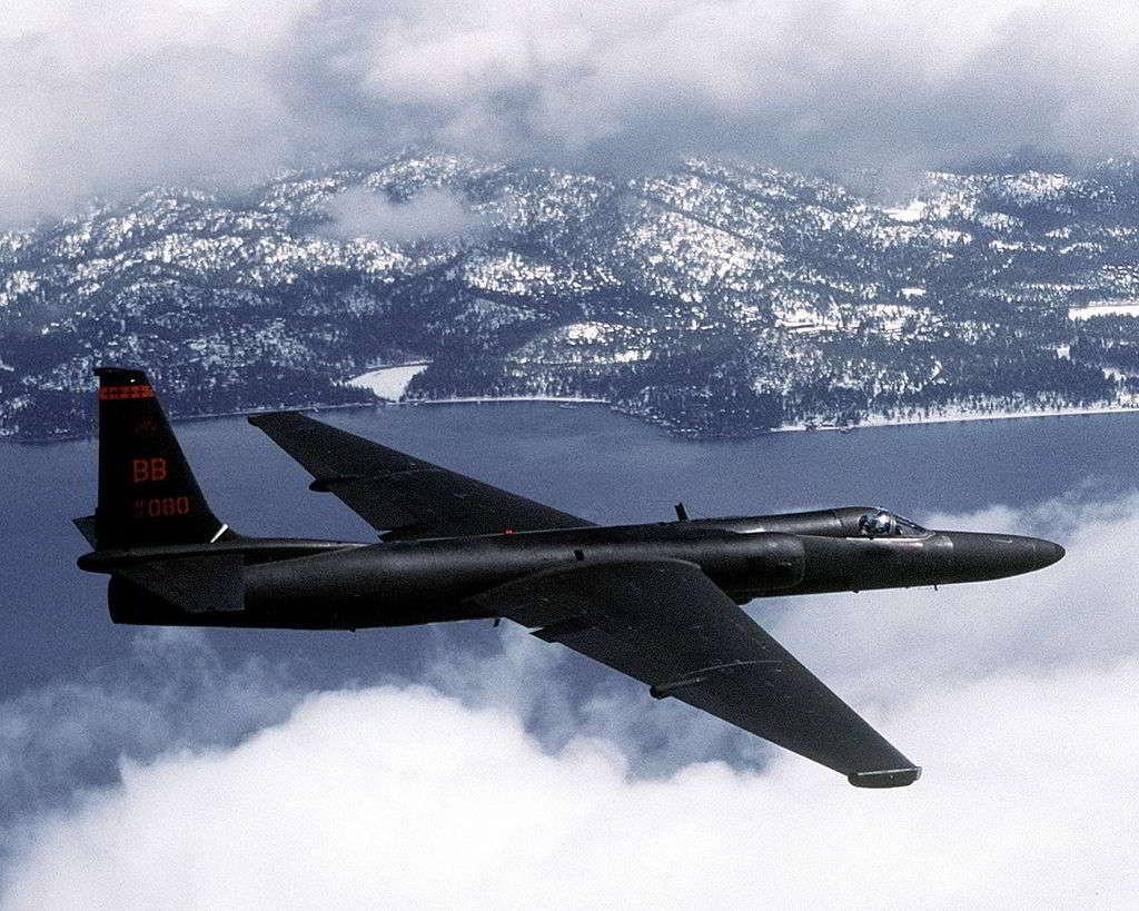 Самолет ВМС США проследил запусками русских ракет поцелям вСирии