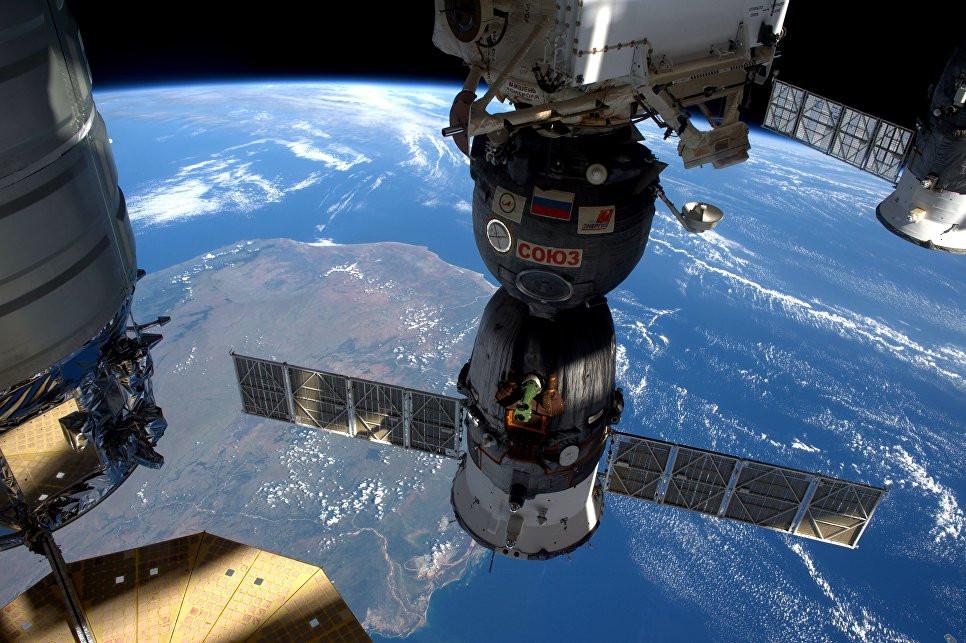 NASA отстыковало солнечную батарею отМКС