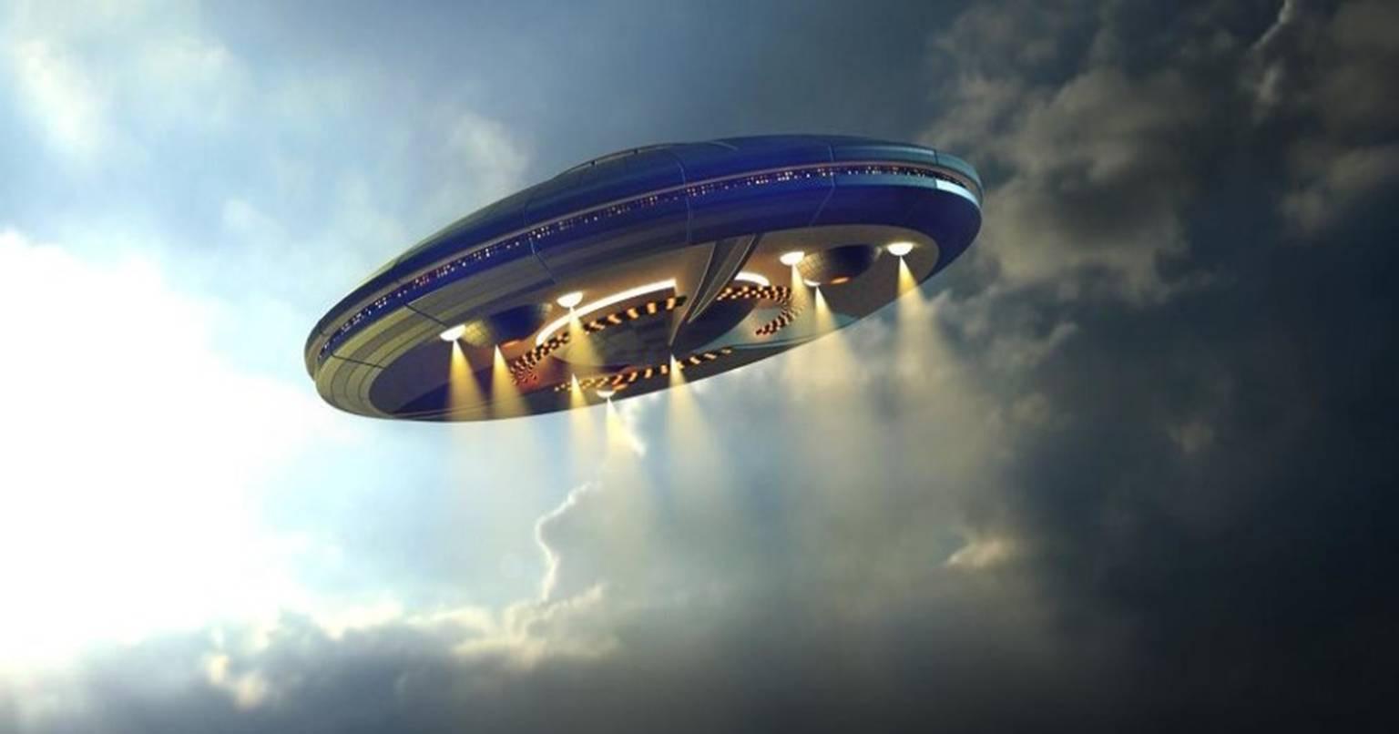 Наюге Калифорнии могли видеть НЛО земного происхождения