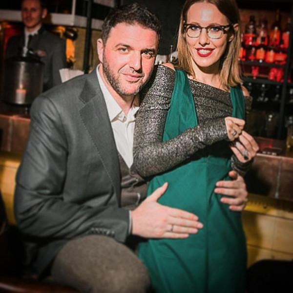 Ксения Собчак подогревает слухи о второй беременности