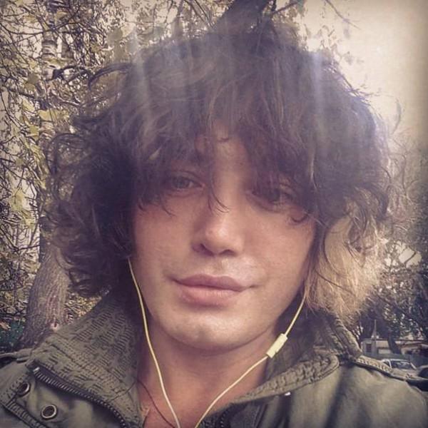 Звезда «Дома-2» Рустам Солнцев грубо отреагировал на нападки Лены Миро