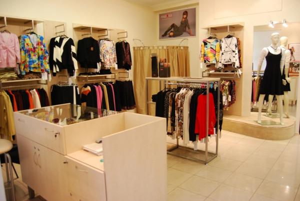 Подбираем мебель для вашего магазина