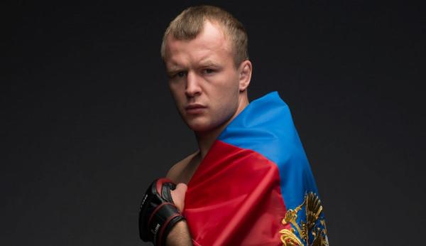 Экс-чемпион Bellator прокомментировал поражение Емельяненко