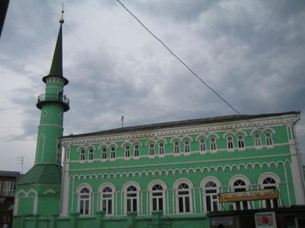 Президент Татарстана по случаю Ураза-байрам совершил праздничный намаз