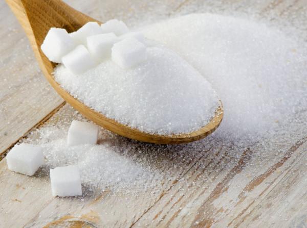 Ученые развенчали мифы о вреде соли, сахара и яиц