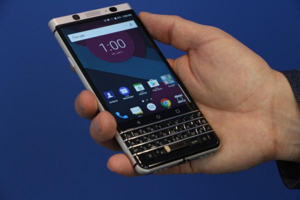 В Сети засветился новый смартфон BlackBerry от  TCL