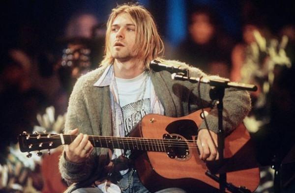 Нейросеть «Яндекса» научилась сочинять песни в стиле Nirvana