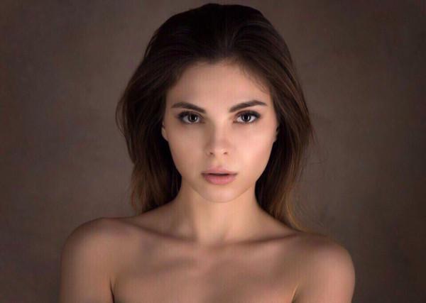 Кемеровчанка вошла в топ-10 самых красивых девушек по версии Maxim