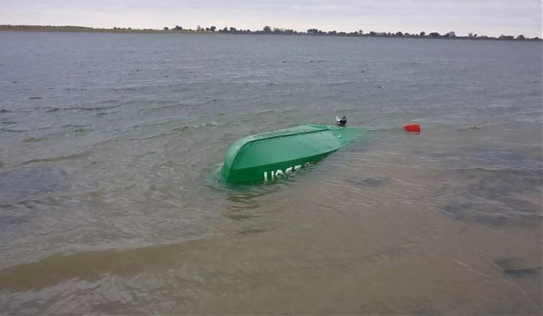 Изуральского озера извлечены тела 6 жертв крушения лодки