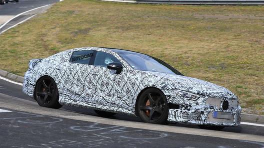 В линейке серийных «Мерседесов» самым мощным может стать четырехдверный AMG GT