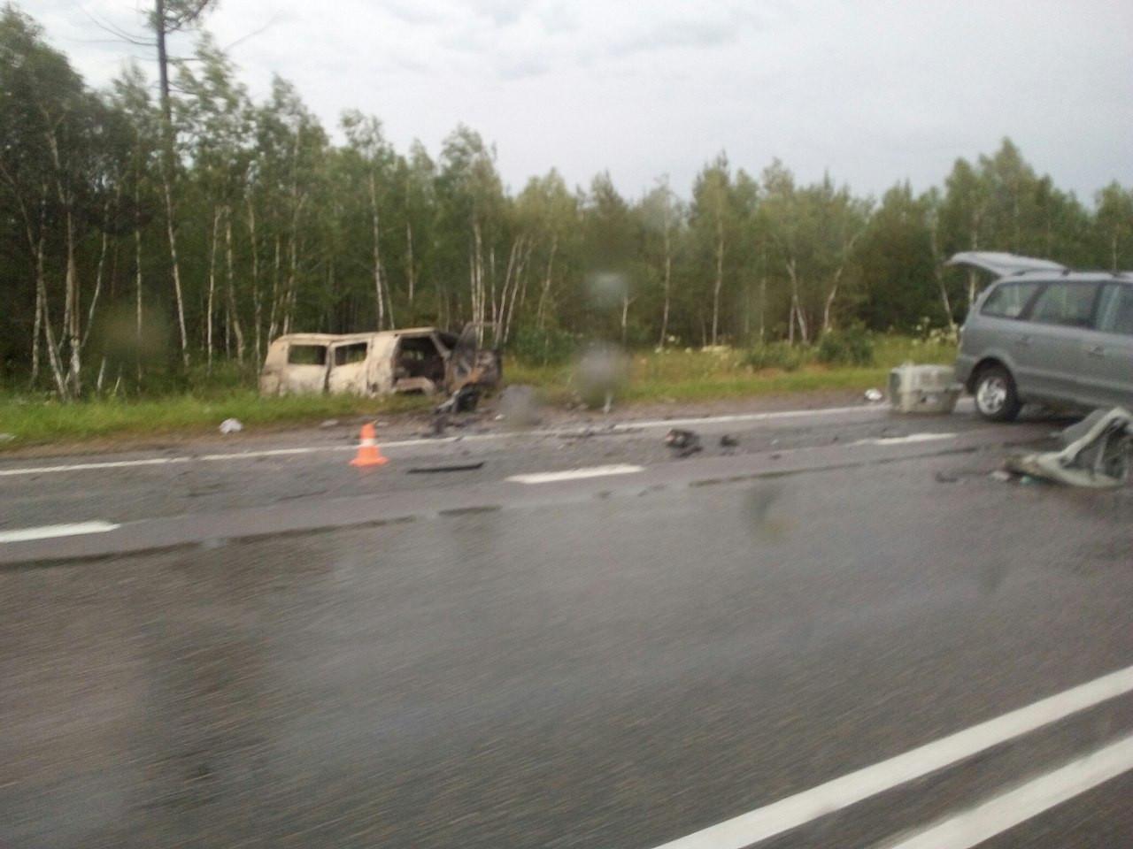 ВЧелябинской области столкнулись иностранная машина иУАЗ. Есть пострадавшие