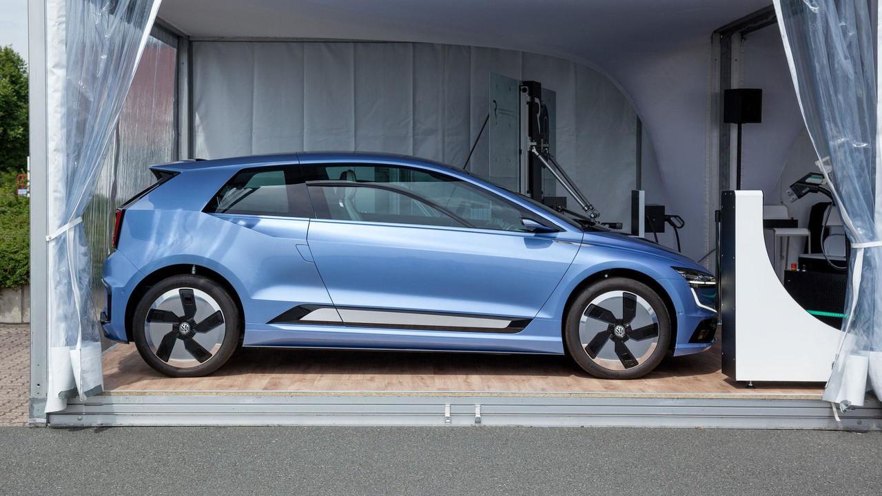 Опубликованы снимки полностью электрического Volkswagen Golf