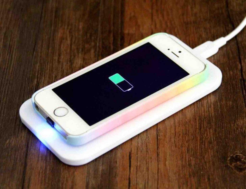 Как быстро зарядить iPhone— лайфхак от знатоков