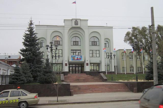 Чиновники самарской мэрии пересядут нановенькие российские авто