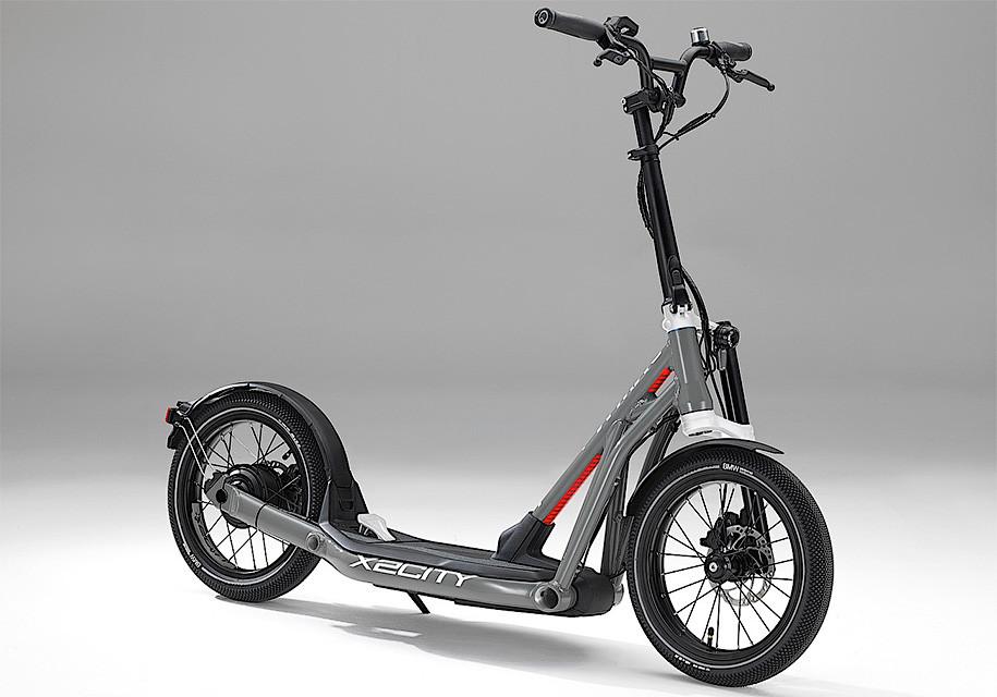 Электрический скутер БМВ оценили в2500евро