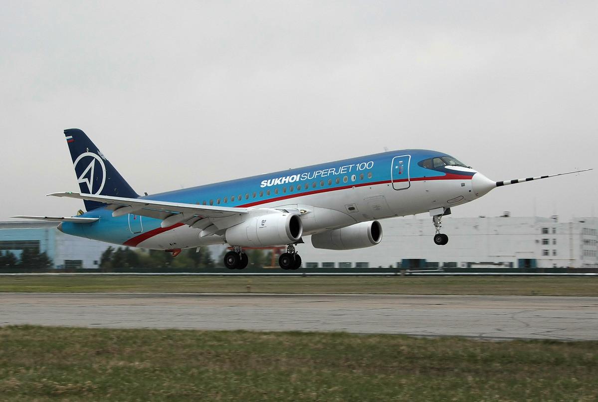 ВРостов прибыл 1-ый суперджет авиакомпании «Азимут»