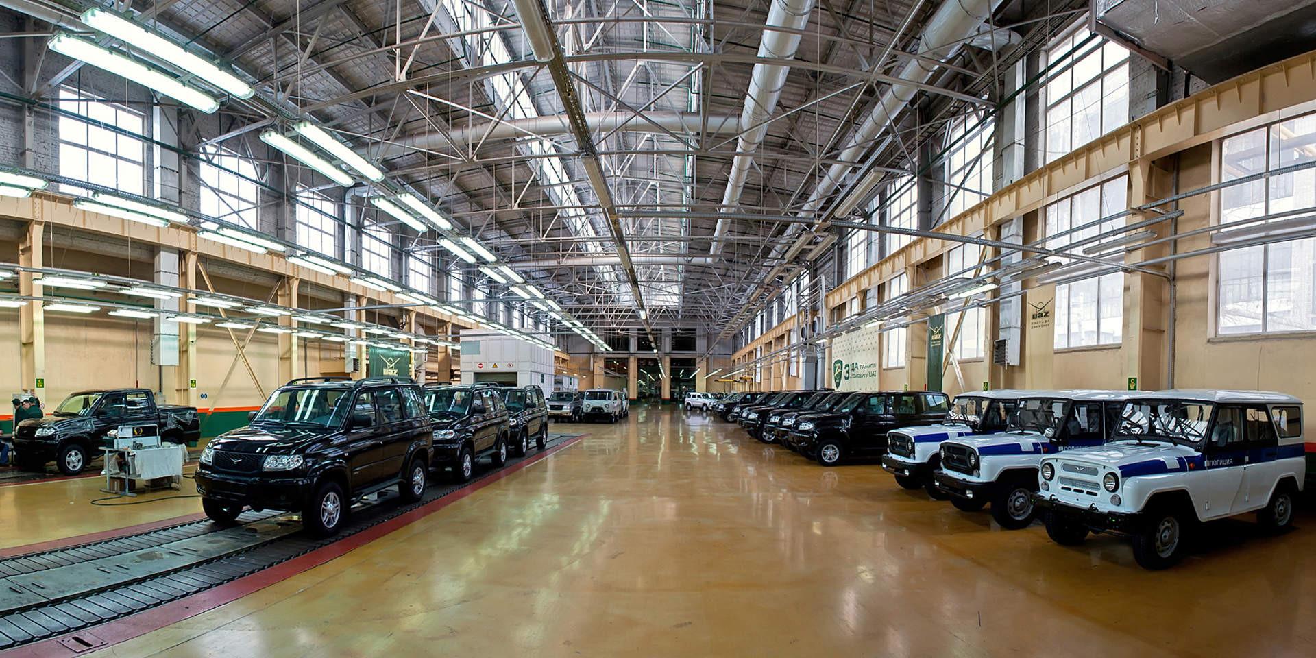 Завод УАЗ вконце лета переходит натрёхдневную рабочую неделю