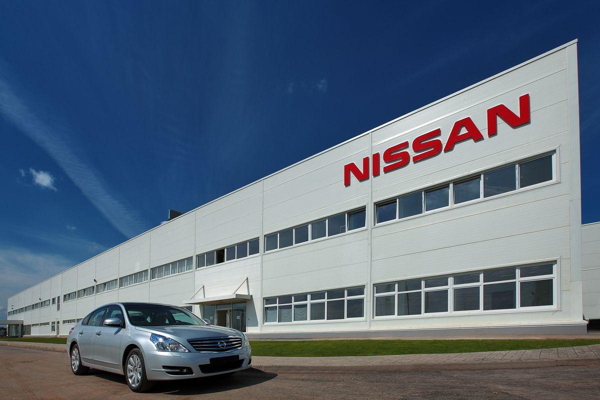 Nissan вПетербурге перейдет наработу вдве смены