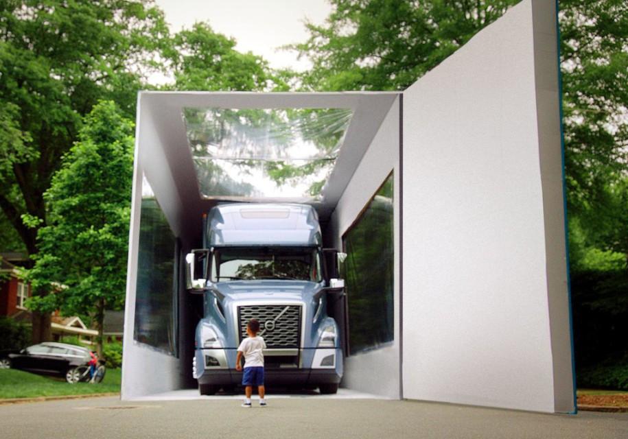 Радости нет предела: концерн Volvo установил рекорд Гиннесса подарив ребёнку вместо игрушечного грузовика — настоящий