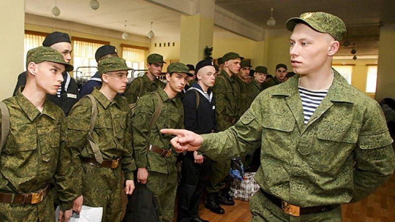 В Российской Федерации навоенную службу призвали 142 тыс. молодых людей