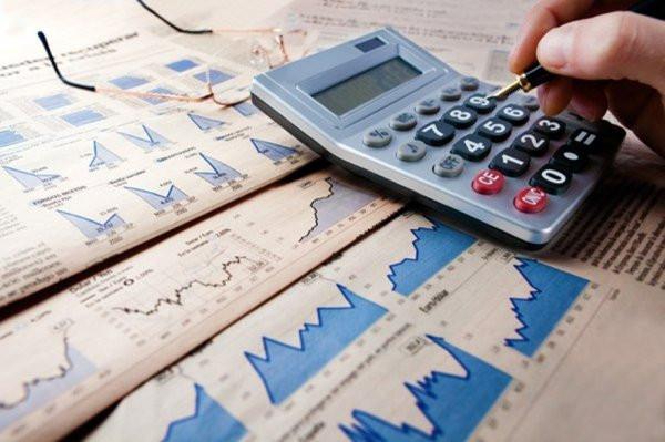 Недостаток бюджета РФ запервое полугодие превысил 487 млрд руб.