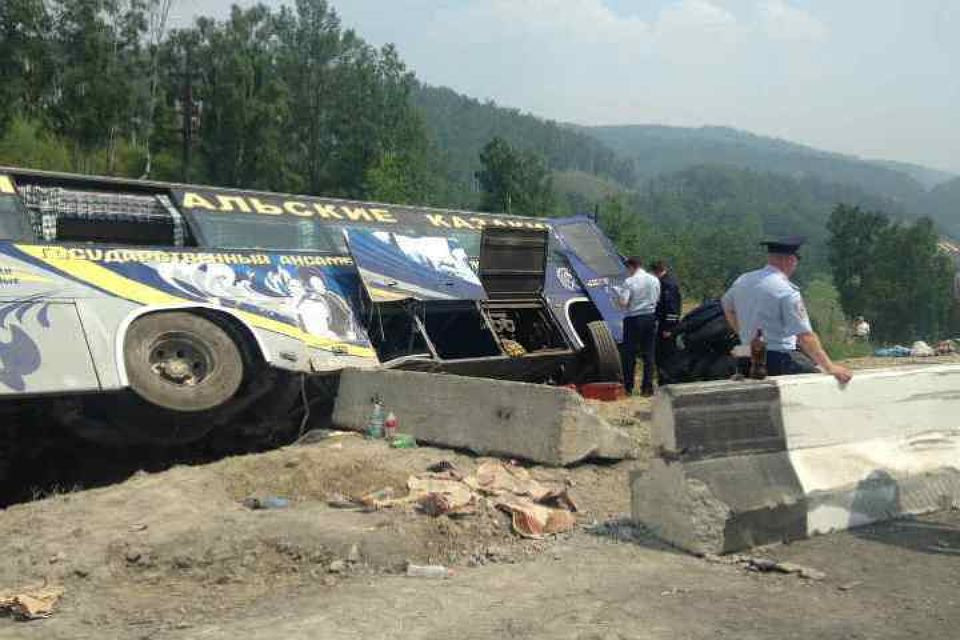 ВМарий Элопрокинулся пассажирский автобус, пострадали 29 человек