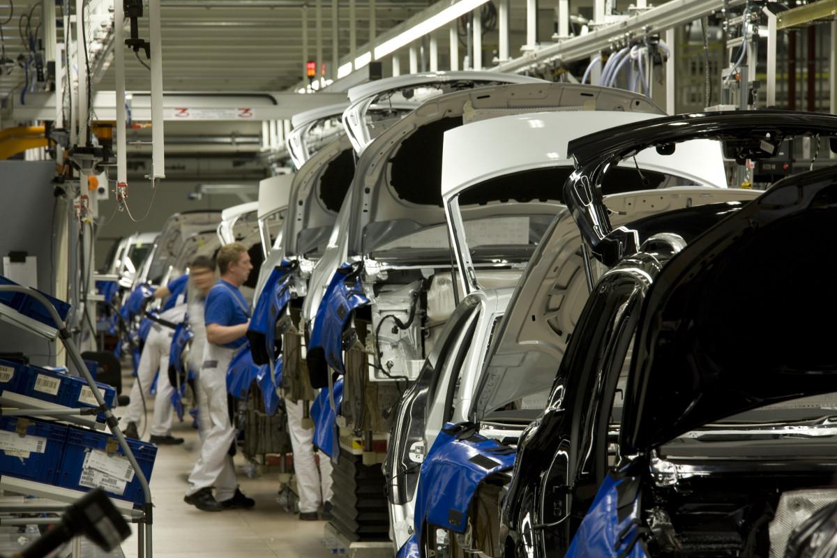 Производство грузовых вагонов в РФ летом возросло в 2,3 раза