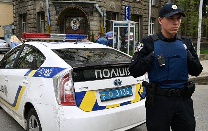 ВКиеве уторгового центра убили жителя России