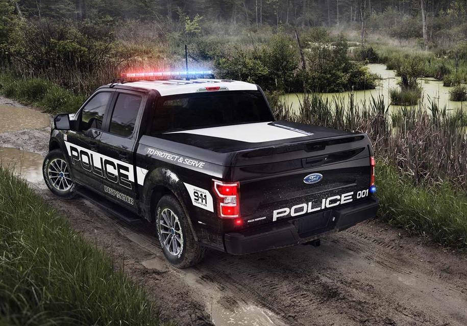 Форд представил мощнейший пикап для милиции