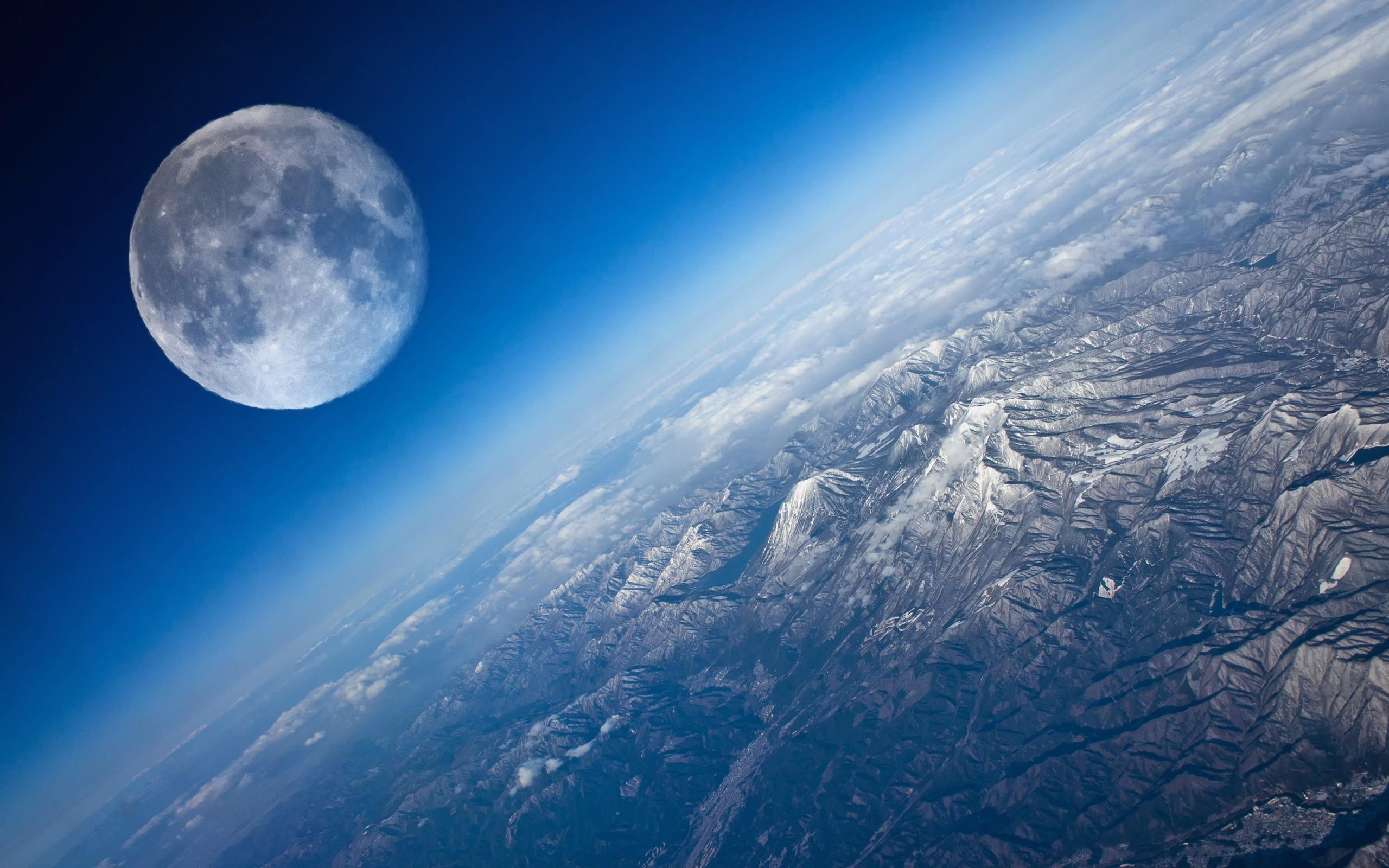 Луна может оказаться искусственным спутником Земли— Ученые