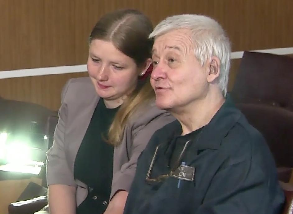 Молодая девушка изЯрославля вышла замуж заубийцу сорока украинских детей