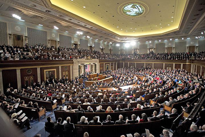 В съезде США проголосовали заужесточение антироссийских санкций