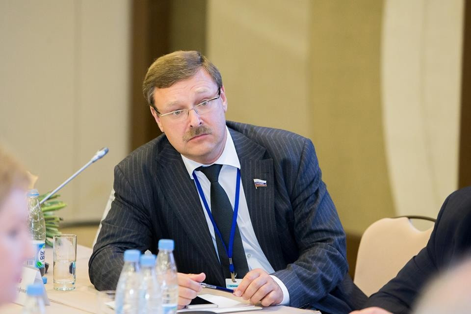 Косачев пригрозил США «болезненным» ответом заусиление антироссийских санкций